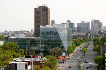 Radio-Canada aimerait produire moins de contenu canadien à la télé