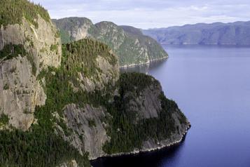 Le Québec vu des airs: splendeurs du Saguenay–Lac-Saint-Jean