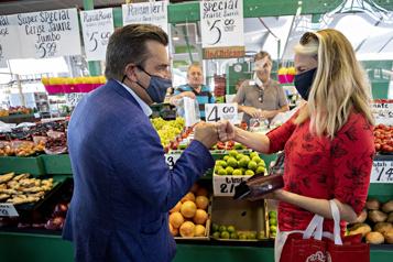 Coderre veut transformer le Marché Bonsecours en marché public)