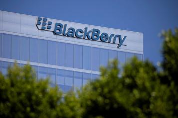 L'action de BlackBerry a bondi sous l'impulsion des réseaux sociaux)