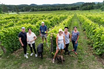 Une famille soudée par la vigne)