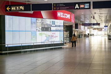 Des syndicats réclament une aide d'urgence pour les compagnies aériennes)