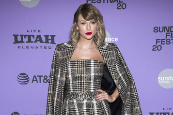 Don surprise de Taylor Swift à une écolière de Londres voulant entrer à l'université)