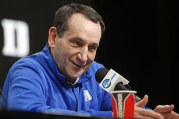 Mike Krzyzewski  Une dernière saison en poste pour le légendaire entraîneur de Duke)
