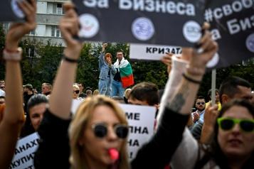 COVID-19 Passeport sanitaire en Bulgarie devant l'envolée des cas