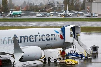 American Airlines ouvre les portes du Boeing737 MAX)