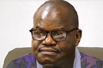 Zimbabwe Le gouvernement qualifie les médecins d'«assassins politiques»)