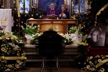 Messe en hommage à Robert Hossein)