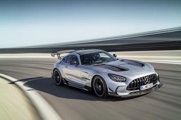 Mercedes AMG-GT Black Series: de la piste à la route)