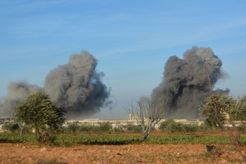 Syrie: Erdogan exhorte Poutine à «freiner» le régime d'Assad à Idlib