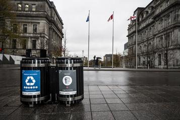 Vidéo controversée sur YouTube Le recyclage avec les déchets )