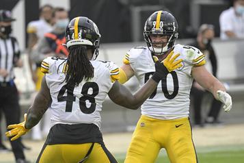 Les Steelers s'amusent contre les Jaguars)