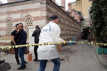 Le fondateur des Casques blancs syriens retrouvé mort en Turquie