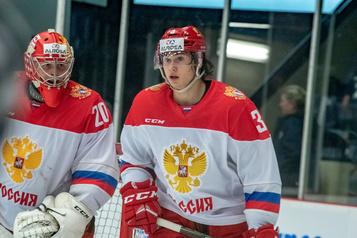 Pour l'heure, Romanov n'ira pas jouer en Europe)