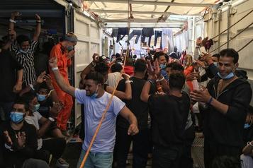 L'Ocean Viking va débarquer 180 migrants en Sicile, dans une joie douce-amère)