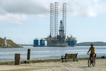 Le pétrole finit proche de l'équilibre)