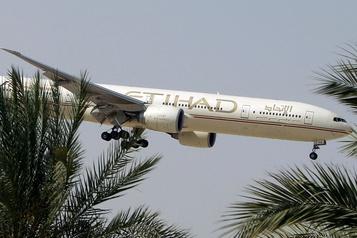 Emirates et Etihad reprennent un nombre limité de vols de passagers