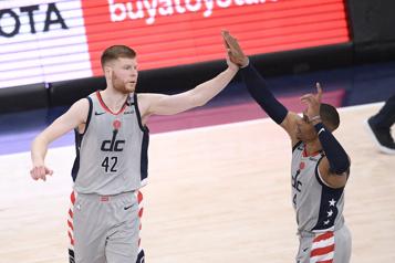 Les Wizards compliquent la tâche des Raptors dans l'Est)