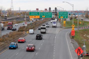 Québec investit 1,2milliard pour la réfection d'infrastructures routières)