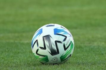 Une convention collective amendée ratifiée par les joueurs et la MLS)