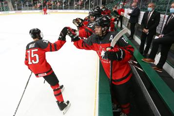 Championnat mondial des moins de 18ans Le Canada remporte la médaille d'or)