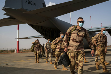 Fin de l'opération militaire française Le Pentagone maintiendra son soutien au Mali)