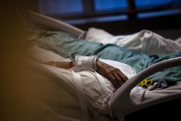Lettre ouverte Des médias demandent un meilleur accès aux hôpitaux et CHSLD)