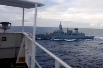Un navire turc en route vers la Libye arraisonné par une frégate allemande)