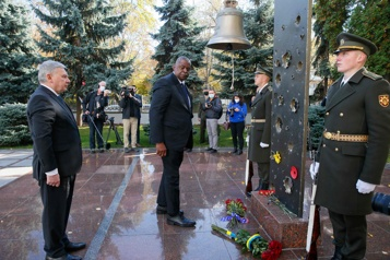 Moscou est un «obstacle» à la paix en Ukraine, dit le chef du Pentagone