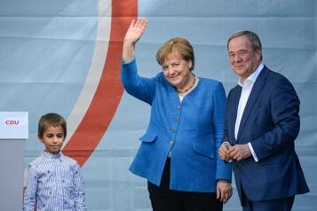 Législatives en Allemagne Angela Merkel et Olaf Scholz tentent de convaincre les indécis)