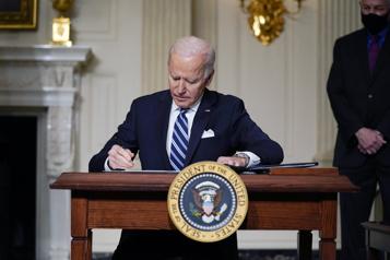 Biden va doubler l'objectif de réduction des émissions polluantes)