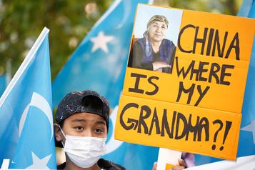 Ouïghours Des élus américains accusent la Chine de «génocide»)