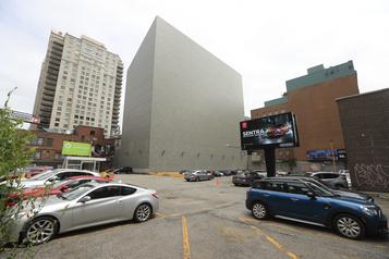 Centre-ville de Montréal: 48millions pour un stationnement)