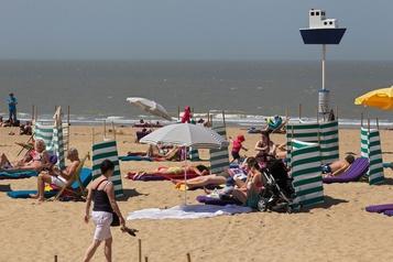 Les réservations seront nécessaires pour fréquenter la plage d'Ostende)