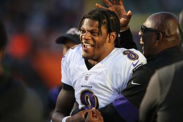 Lamar Jackson scintille dans une large victoire des Ravens
