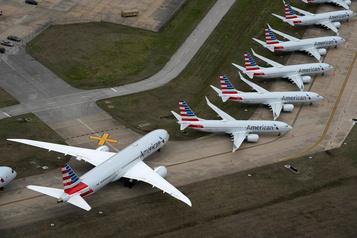 American Airlines va supprimer 30% des emplois de cadres)