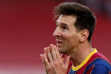 Lionel Messi quitte le FC Barcelone)