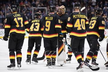 Les Canucks viennent à bout des Sabres en prolongation