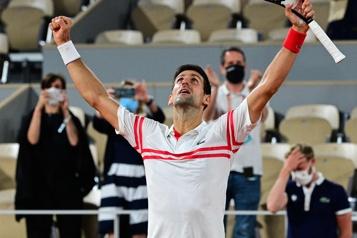 Demi-finales de Roland-Garros Djokovic a le dessus sur Nadal au bout d'un affrontement de 4h)