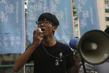 Le jeune militant hongkongais Tony Chung accusé de «sécession» par un tribunal)