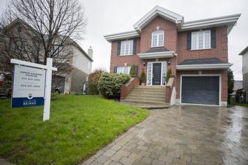 Hausse record des prix des maisons au Canada en juin)