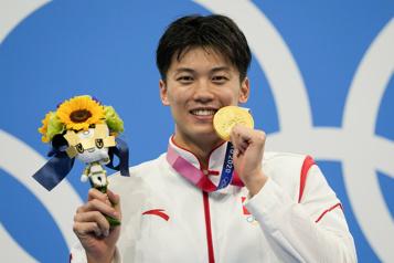 200m quatre nages Shun Wang décroche l'or)