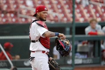 Cardinals: Yadier Molina a contracté la COVID-19)