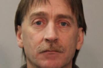 Enlèvement d'un quinquagénaire en Estrie Deux suspects arrêtés à Victoriaville, des accusations déposées)