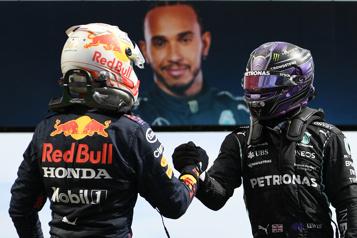 Formule 1 RedBull et Mercedes en Espagne pour se départager)