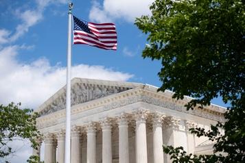 Recensement et sans-papiers La Cour suprême perplexe face à la requête de Trump)
