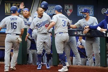 Les Dodgers rossent les Braves 15-3)