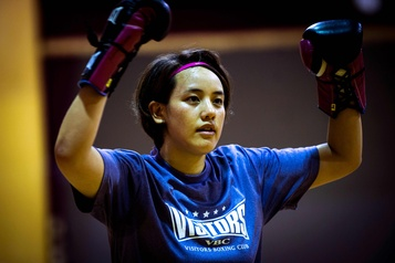 Boxeuses et infirmières: Arisa Tsubata et Kim Clavel, mêmes combats)