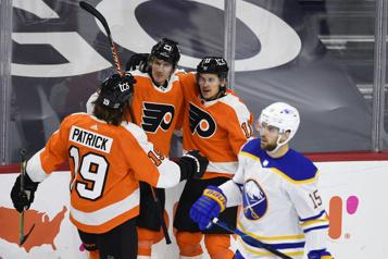 Les Flyers l'emportent 3-0 contre les Sabres)