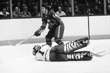 Décès de l'ancien joueur des Sabres de Buffalo, René Robert)